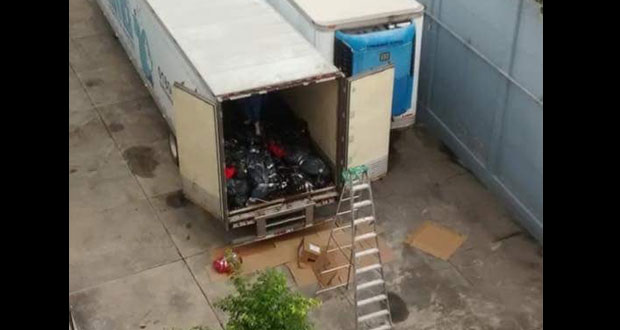 Circulan imágenes del interior de tráiler con cadáveres en Jalisco