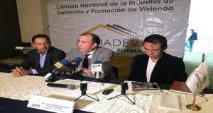 Costo de tierra complicaría hacer casas por llegada de SEP federal a Puebla