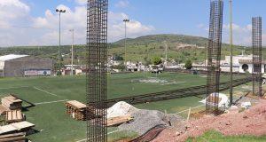 Comuna de Ocoyucan y Antorcha invierten en techo de unidad deportiva