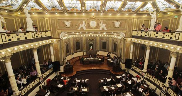 Se van directores del Congreso tras llegada de nueva legislatura