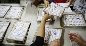 Morena envía a 300 a defender el voto en Tepjf; NA a 100 y PRI a 60