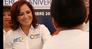 DIF de Puebla entrega 348 paquetes escolares en Vicente Guerrero