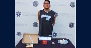 Detienen a hombre en colonia Azteca por posesión de posible droga