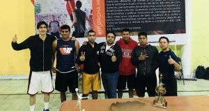 Antorcha realiza eliminatorias de basquetbol en Huauchinango
