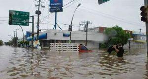 Desalojados y desaparecidos por intensas lluvias en Sinaloa