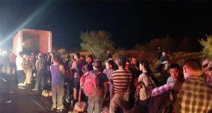 Aseguran a 119 migrantes centroamericanos dentro de tráiler en NL