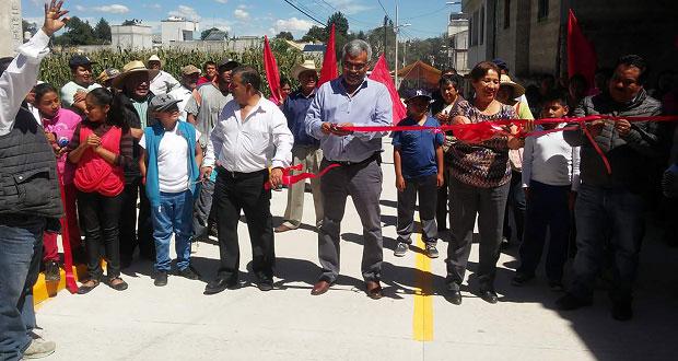 Inauguran pavimentación y ampliación de red eléctrica en Texmelucan