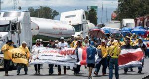 """La población tica le dice """"no"""" a reforma tributaria con una huelga"""