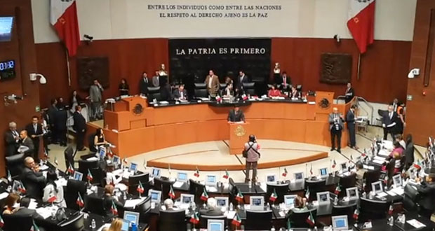 Morena en Senado plantea reforma para revocar mandato a gobernantes