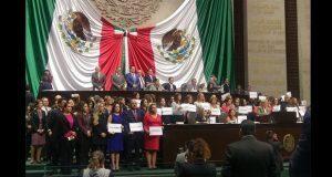 """Legisladoras exigen que """"juanitas"""" no impidan paridad en Chiapas"""