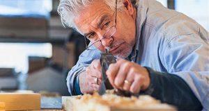 49.6% de adultos mayores ocupados trabaja por cuenta propia
