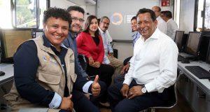 INEA dona a SEP de Puebla 10 unidades tecnológicas de aprendizaje