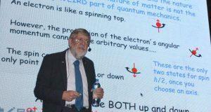 Premio Nobel de Física diserta sobre mecánica cuántica en BUAP