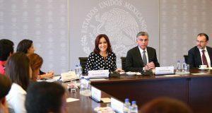 Gobierno estatal apoya estudios de 12 alumnos centroamericanos