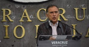 "En Veracruz, gobernador vetará ""Ley Antimemes"""