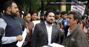Acuerda Segom diálogo con exsindicalizados, pero seguirá plantón