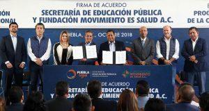 SEP estatal y fundación acuerdan promover deporte y salud en alumnos