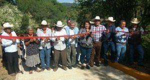 Antorcha inaugura 6 obras de pavimentación y servicios en Cuayuca