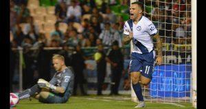 Club Puebla golea a León y sueña con liguilla