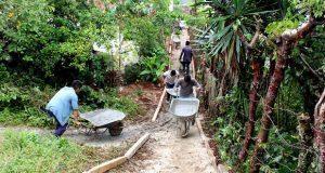 Construyen andador para estudiantes en San Miguel del Progreso