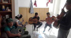 Imparten cursos de música en colonia 6 de Junio de Puebla capital