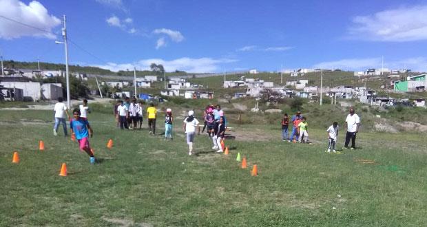 Promueven deportes para niños en colonia Cuitláhuac de Puebla