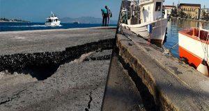 Sismo de 6.4 sacude Grecia y causa cuarteaduras en el suelo