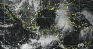 Huracán ''Michael'' amenaza Quintana Roo con lluvias y vientos