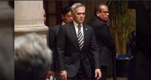 Impugnan que Mancera coordine a PRD en Senado por ser pluri del PAN