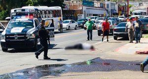 Comando armado asesina a 4 policías y hiere a otros 2 en Sonora