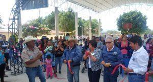Antorcha inaugura techado en telesecundaria en Tepanco de López