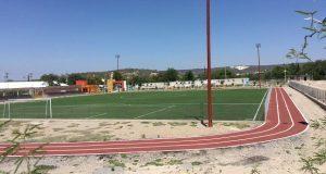 Denuncian retiro arbitrario de nombre en unidad deportiva de Cuayuca