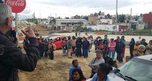 """Vecinos de Tres Cerritos clausuran bulevar Carmelitas por """"afectaciones"""""""