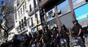 Argentina cierra comercios y se prepara para protestas durante G-20