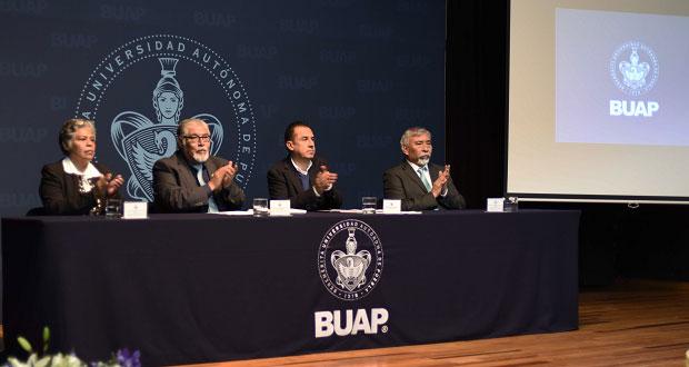 Bachilleratos de BUAP preparan para licenciatura o empleo, destacan