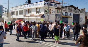 Bloquean bulevar Valsequillo y piden semáforo por donde pasa Línea 3
