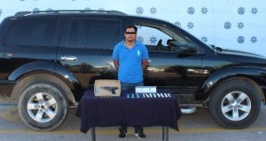 Detienen a probable narcomenudista en colonia Tres Cruces