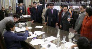 Frente y PRI revientan sesión del Congreso tras aprobarse transparentar PPS