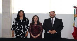 Rinden protesta tres nuevos consejeros del IEE