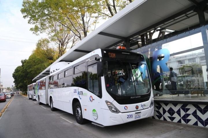 Gali pone en servicio Línea 3; cambian de improviso recorrido de 82 rutas