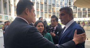 En visita al Senado, Armenta solicita a Gali combatir delincuencia