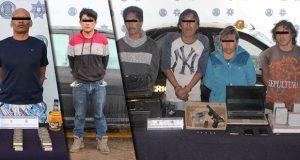 Detienen a seis personas señaladas de diversos robos en Puebla