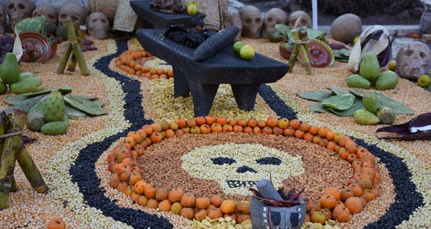 Antorcha preserva tradiciones con concurso de ofrendas en Atlixco