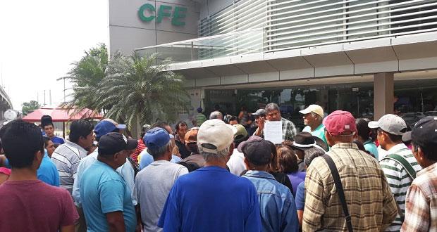 Antorchistas piden electrificación de 2 colonias en V. Carranza