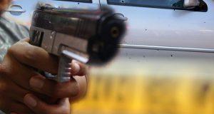 Sujetos ejecutan a dos mujeres y hieren a un hombre en Huauchinango