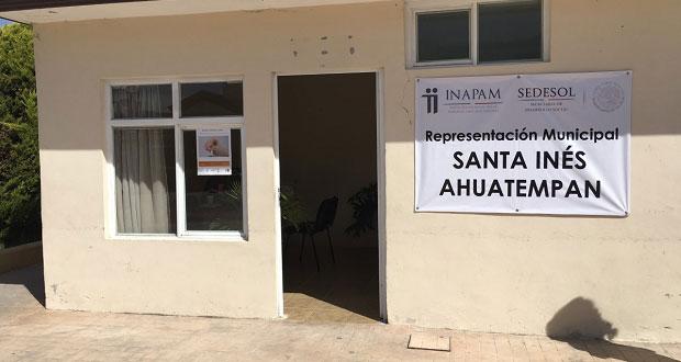 Ayuntamiento de Ahuatempan invita a tramitar credencial de Inapam
