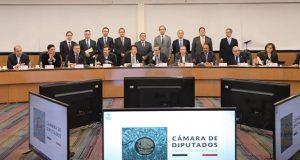 IP y diputados federales acuerdan presupuesto sin subir impuestos