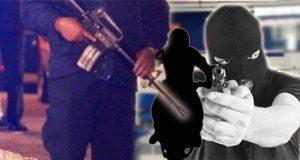Policías y encapuchados se enfrentan en San Salvador El Verde