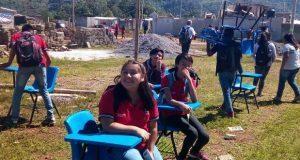 Antorcha gestiona mobiliario para bachillerato de Huauchinango