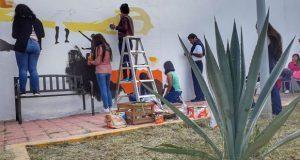 En Tehuacán, mujeres violentadas plasman experiencia en mural